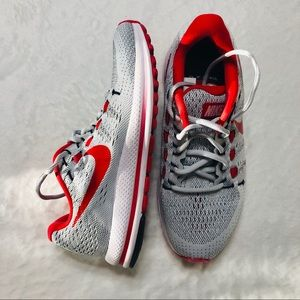 Nike Zoom Vomero 12 Shoes